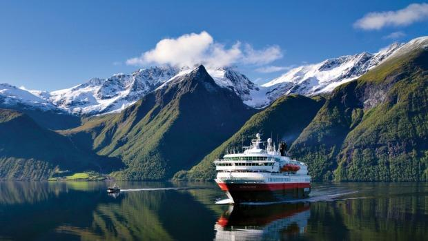 Ferries along the Norwegian coast