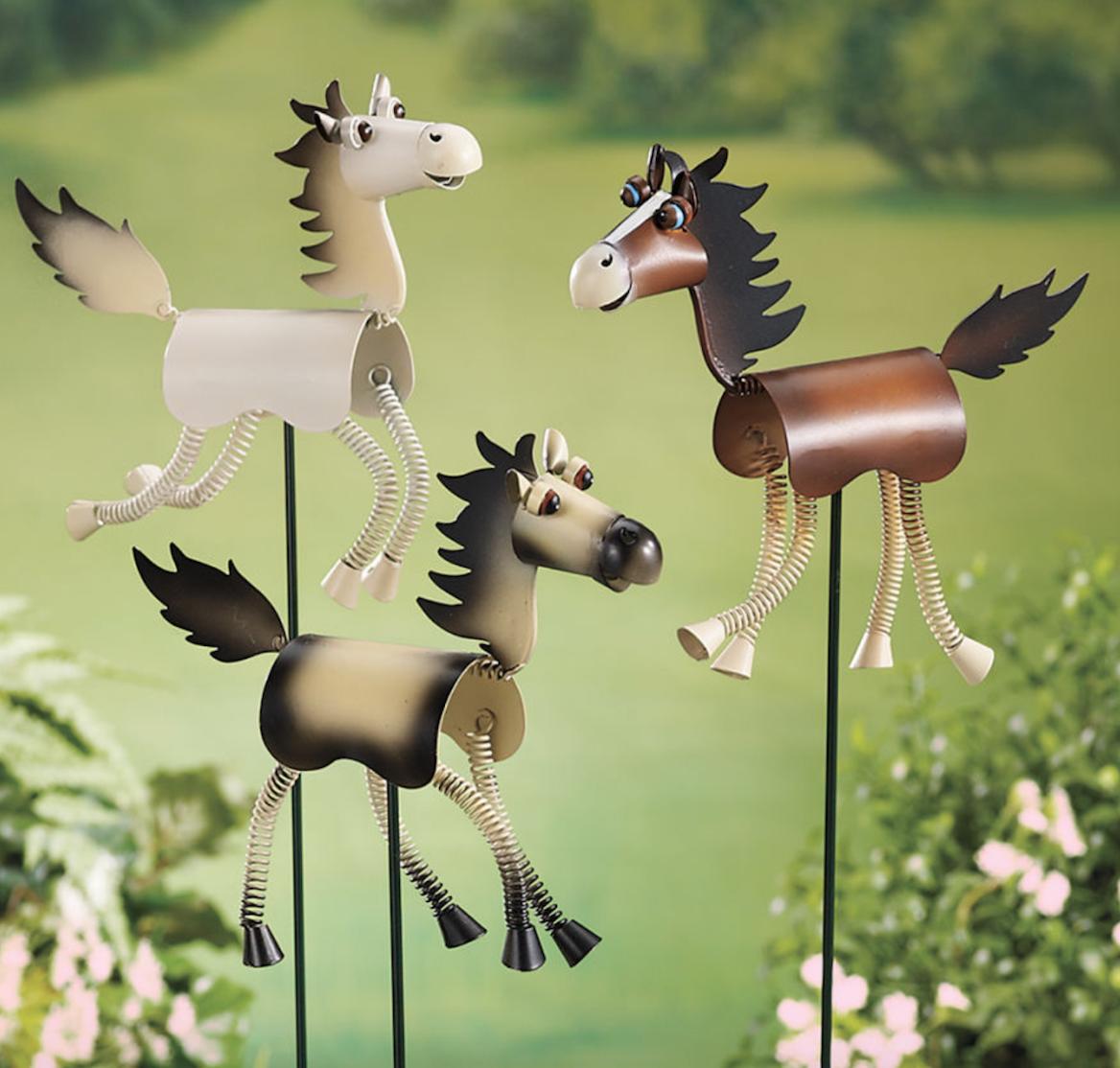 horse lawn ornaments