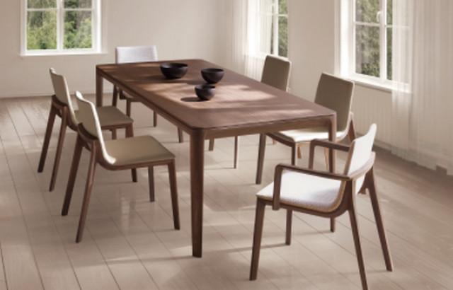 たくさんの人が集う丸テーブルにあう椅子のご紹介