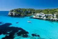 http://cdn.traveler.es/uploads/images/thumbs/201330/calas_de_baleares_862000241_1200x800.jpg