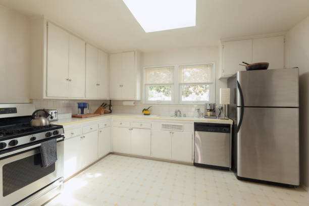 Fresh white cabinets: white cabinets at Choice Cabinet