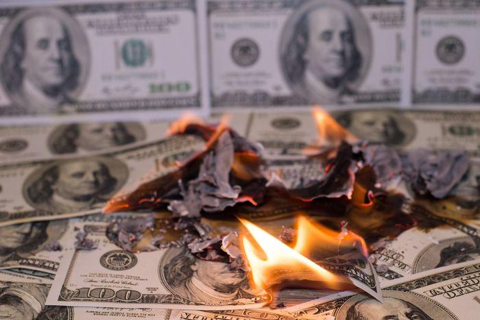 股票與理財入門該怎麼開始:我們也曾經在股市中一直燒掉白花花的銀子