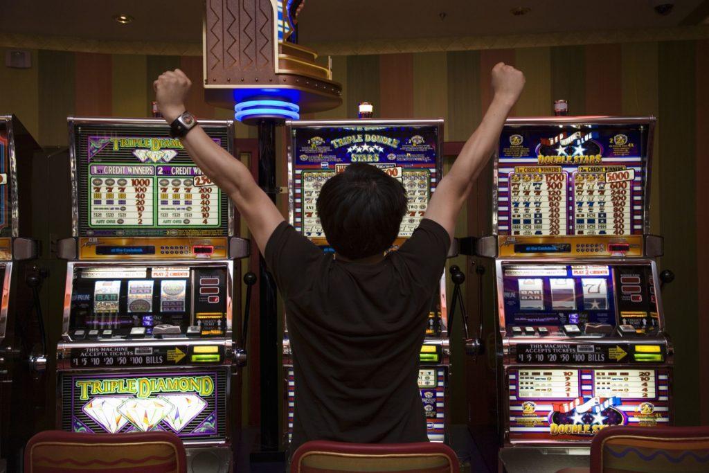 เกมส์สล็อตคืออะไรมีรูปแบบไหนกัน Gclub Casino Online