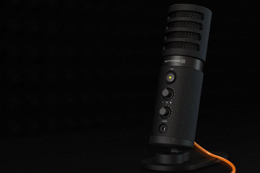 ไมโครโฟนคุณภาพสูงที่ผลิตมาเพื่อใช้งานในห้องอัดโดยเฉพาะ