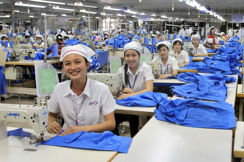 Khu công nghiệp Từ Sơn tuyển dụng