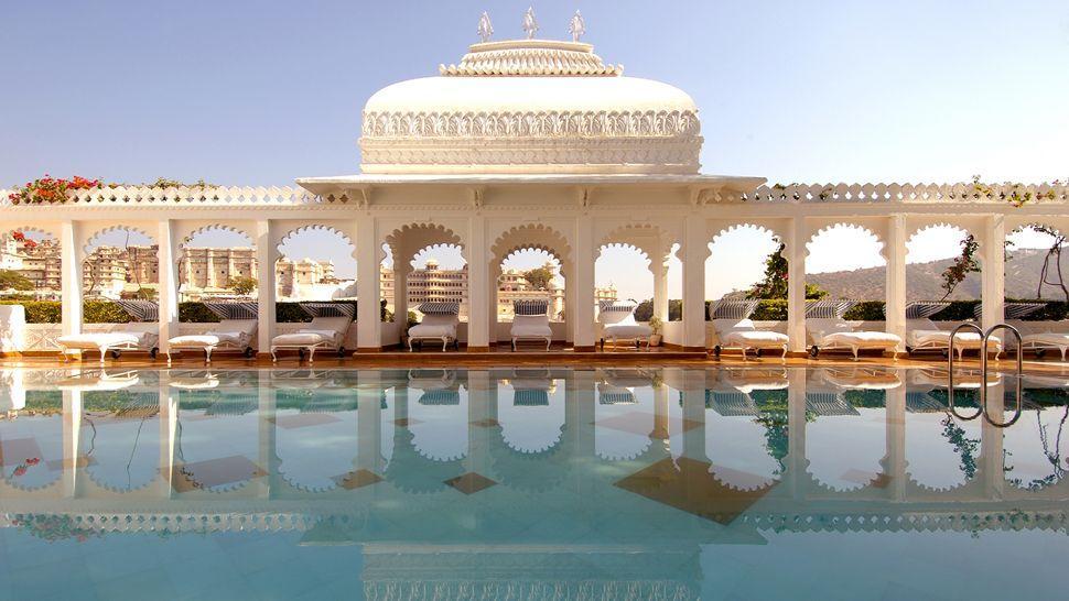 Taj+Lake+Palace,+Udaipur.jpg