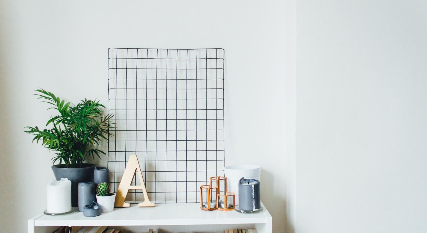 Decorating Open Shelves