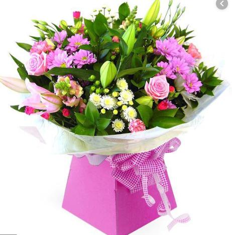 MrHoa địa chỉ phân phối hoa sinh nhật được nhiều khách hàng tin tưởng lựa chọn
