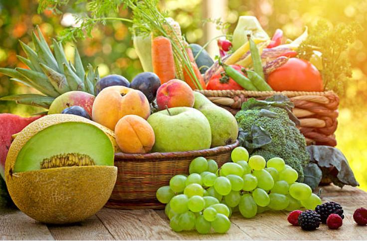 Mỗi ngày, ăn trái cây tươi sẽ giúp bạn tăng cường sức đề kháng và giảm cân hiệu quả