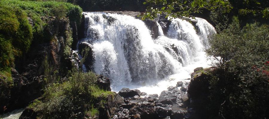 poços cascatas.jpg