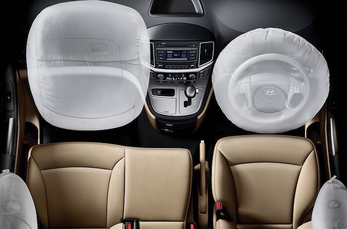 ถุงลมนิรภัยด้านหน้าและด้านข้างของ Hyundai Grand Starex
