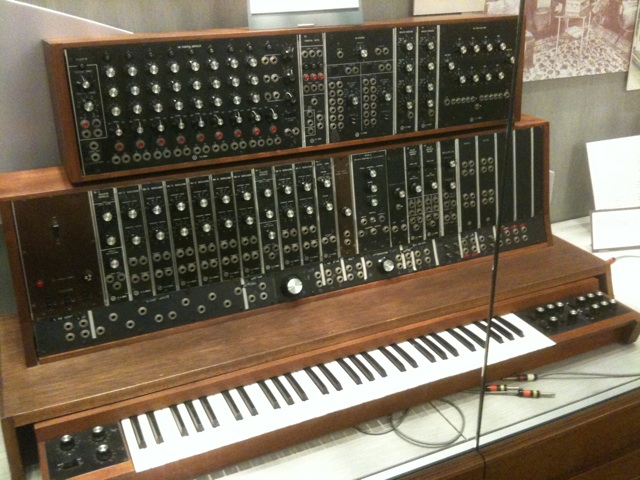 1st_commercial_Moog_synthesizer_(1964,_commissioned_by_the_Alwin_Nikolai_Dance_Theater_of_NY)_@_Stearns_Collection_(Stearns_2035),_University_of_Michigan (1).jpg
