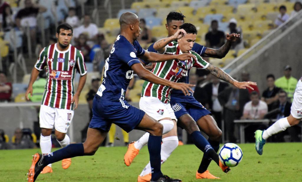 C:\Users\Carla\Desktop\Blog MULHERES EM CAMPO\Brasileiro 2018\Fluminense x Santos\Abre.jpg