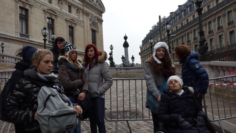 C:\Users\Sara\Desktop\FOTO ATTIVITA', SCUOLA E GITE 2012-2013\29- Parigi\Parigi (468).jpg