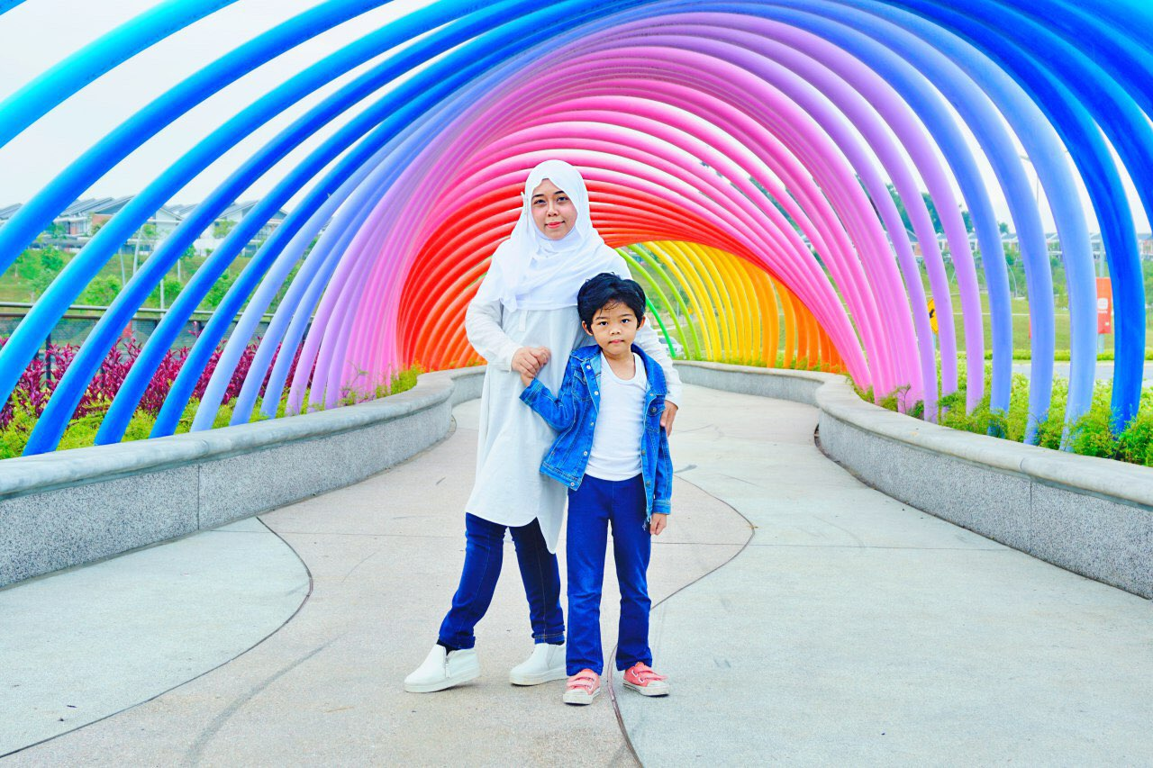 elmina valley park-city-shah-alam rainbow bridge