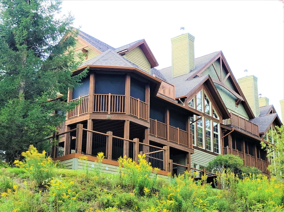 Cottages for rent with 5 bedrooms in Quebec #5