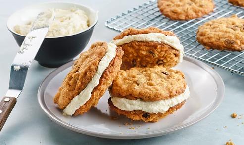 weekend dessert ideas creamy oatmeal raisin sandwich cookies