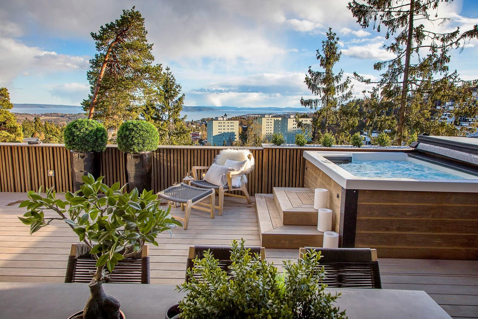 terrasse med boblebad