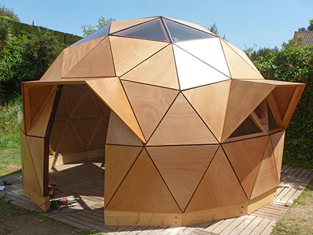 domo de madera simple