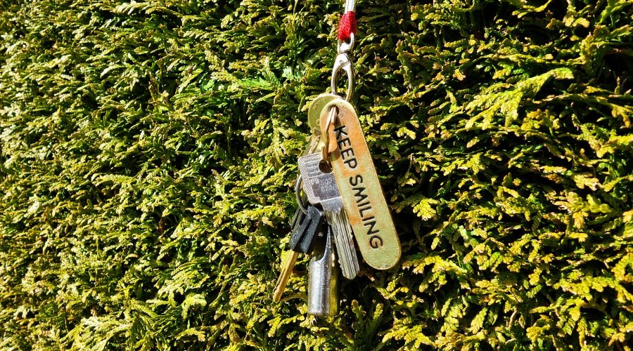 atslēgas piekariņš