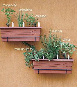 horta em apartamento ideias de como fazer a sua : Crie sua pr?pria horta de ervas e temperos! Meta a Colher