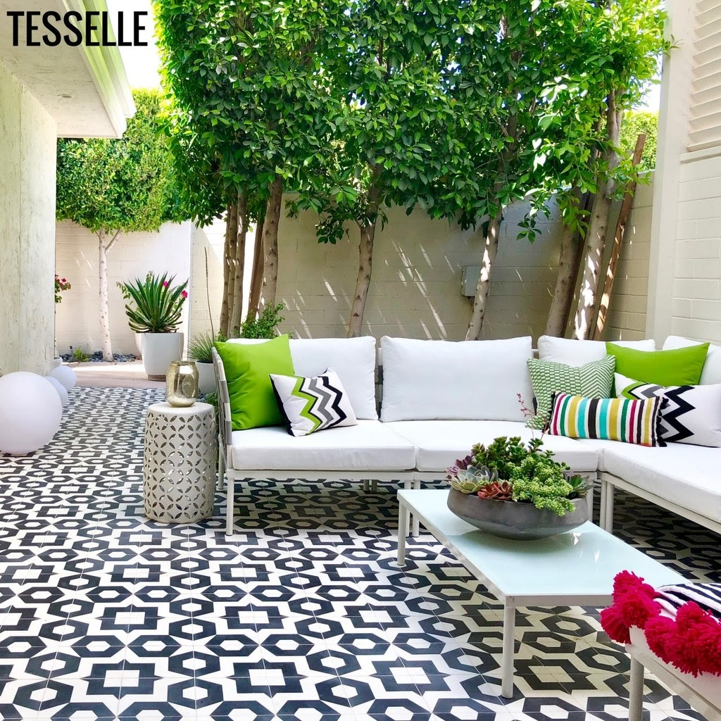 Black and white tiles for outdoor areas