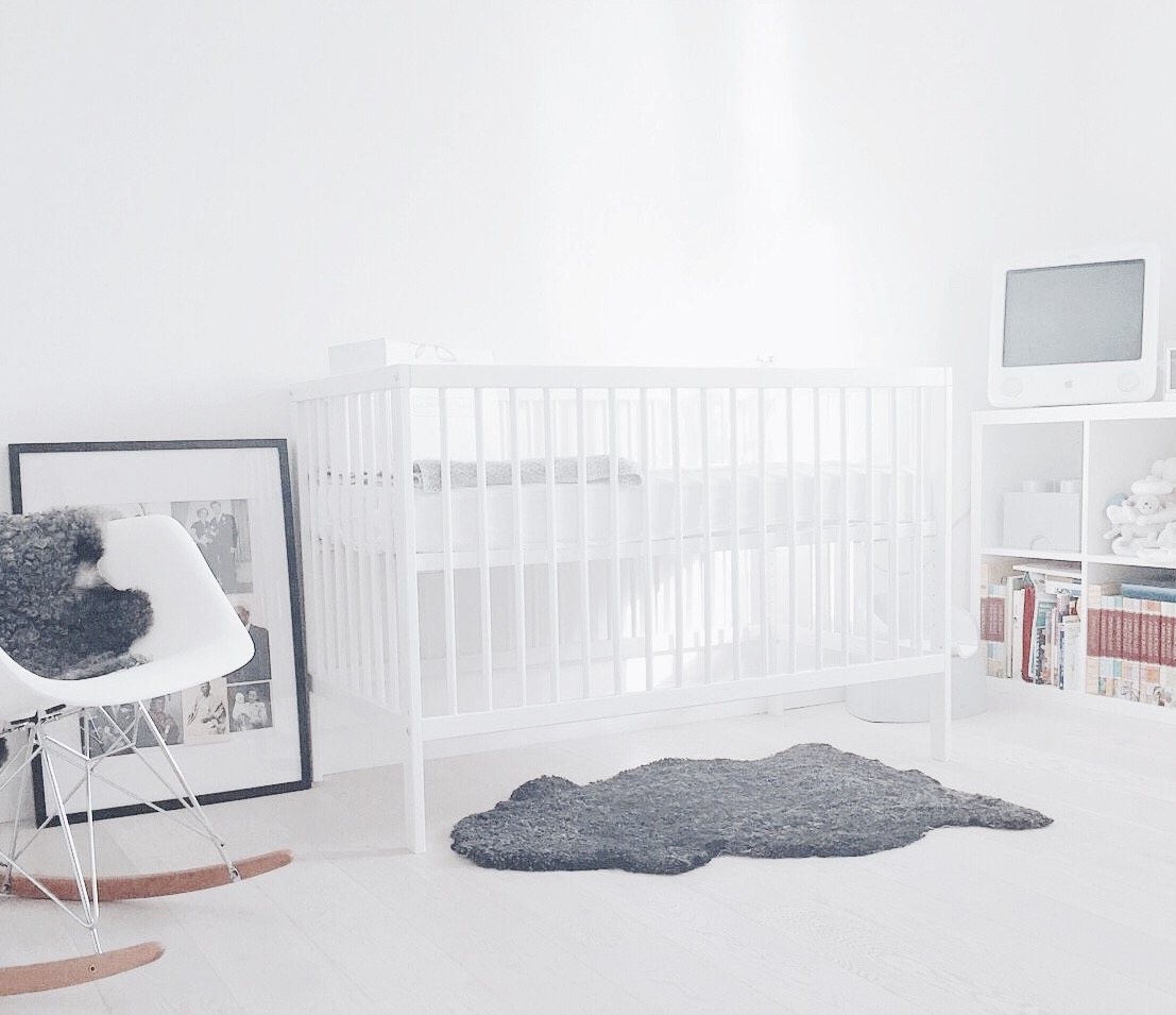 6 modern baby cribs for design conscious parents