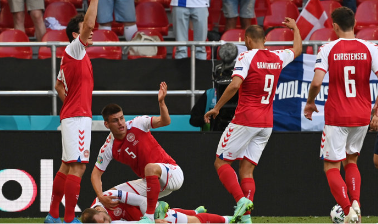Joakim Mæhle with his teammates provided basic first aid first seconds after Christian fell on the pitch and immediately called the medical team