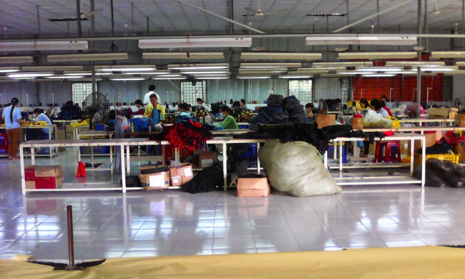 Kết quả hình ảnh cho xưởng may túi xách