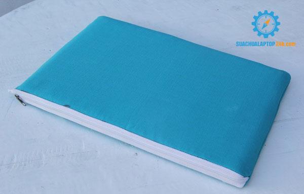 sua-chua-vo-laptop-9