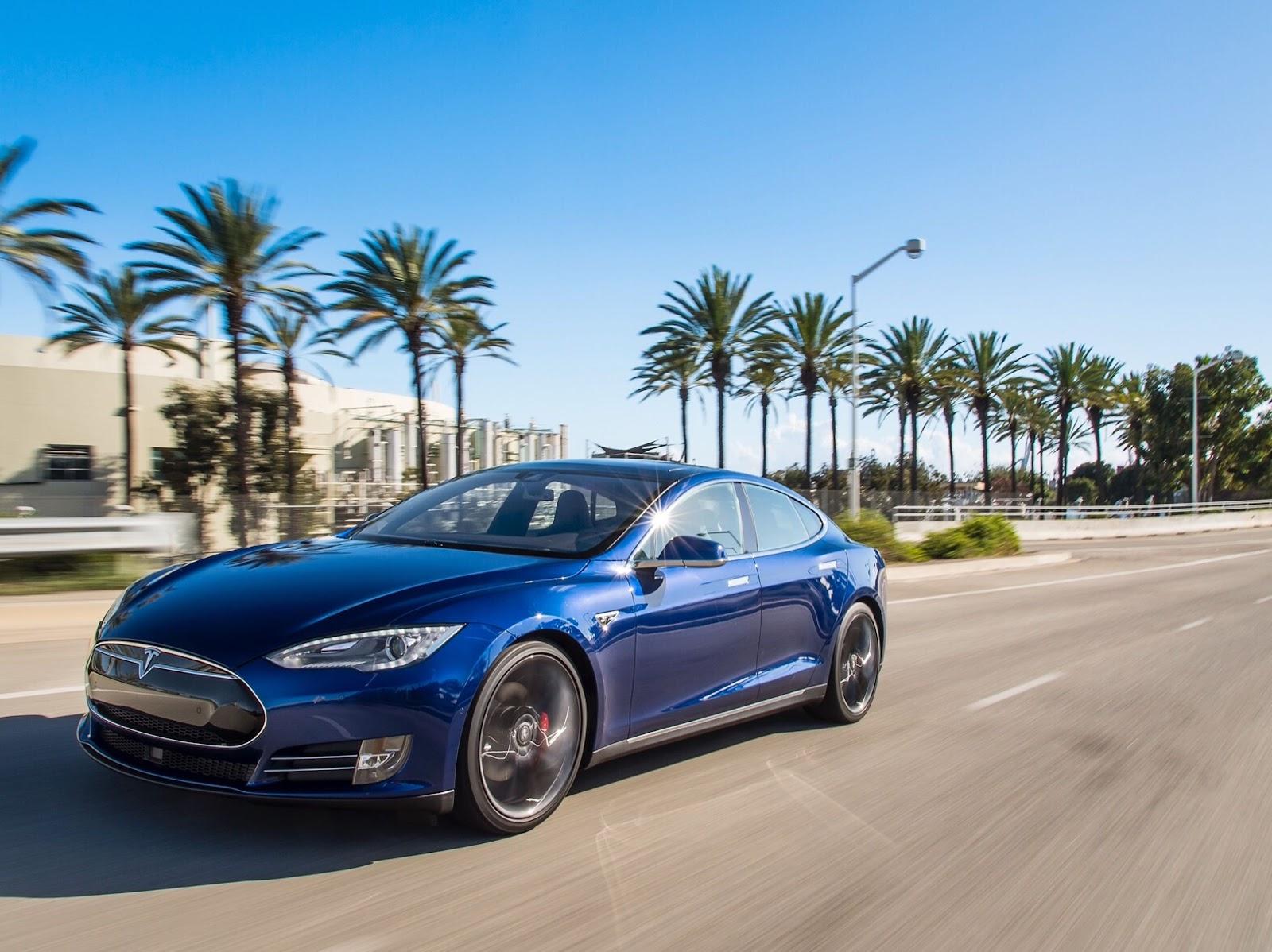 Em alguns países, mais da metade dos carros zero-quilômetro já são elétricos (Imagem: Tesla/Divulgação)