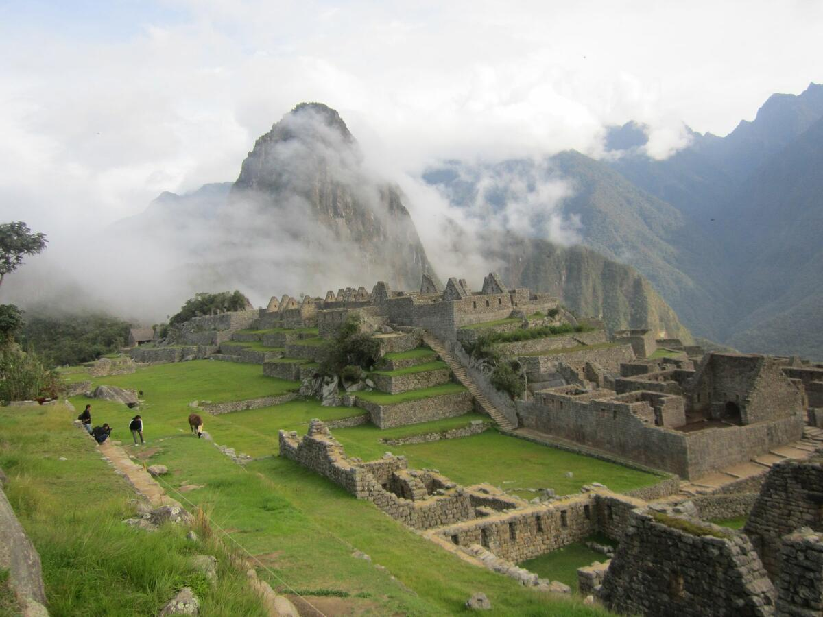 Machi Picchu with mountains in background