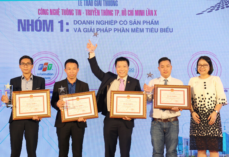 MISA dành giải thưởng 'Doanh nghiệp có sản phẩm và giải pháp phần mềm tiêu biểu cho sản phẩm Phần mềm hóa đơn điện tử MISA meInvoice'