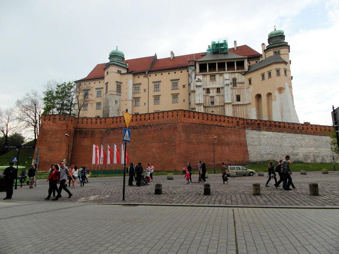 Wawel z daleka.JPG