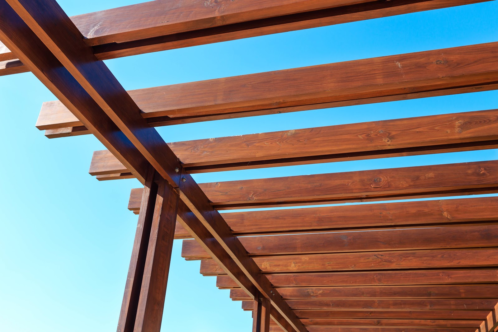 3 Types of Awnings to Cover Your Deck
