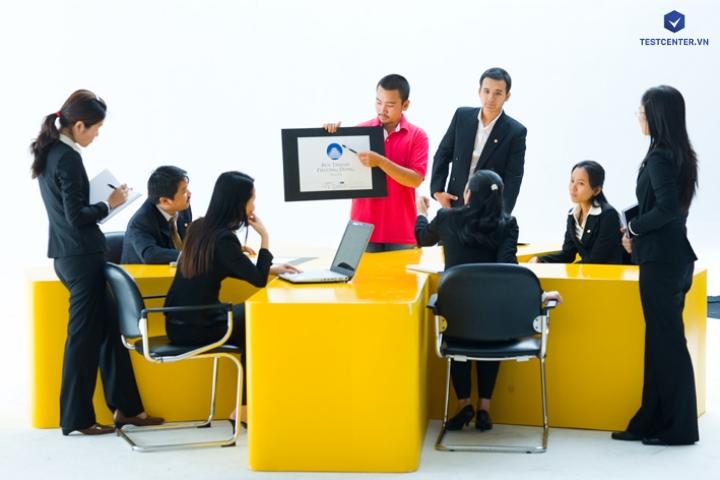 Công cụ đánh giá nghệ thuật chốt sales của nhân viên