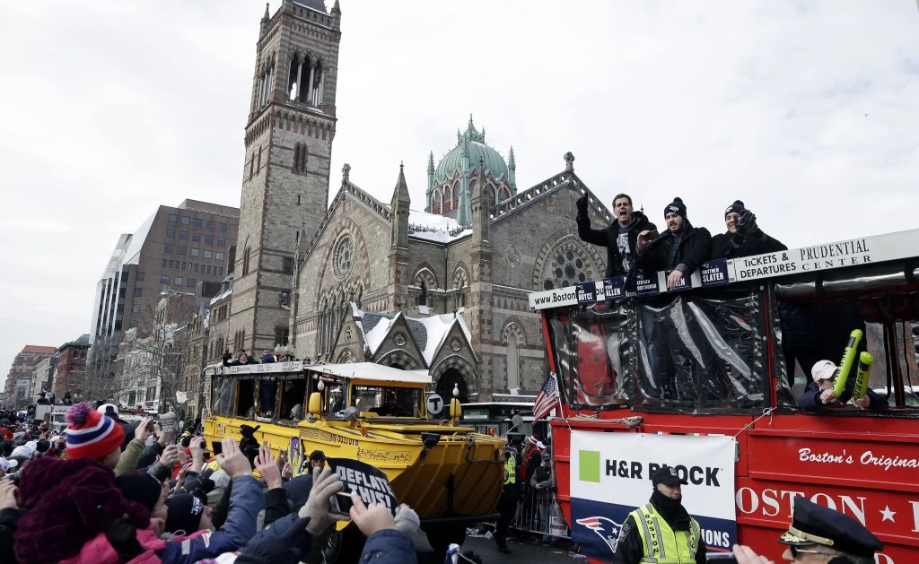 Boston celebrates the Patriots victory!