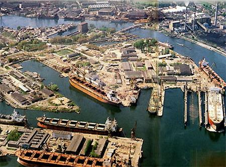 Gdansk Shipyard.jpg