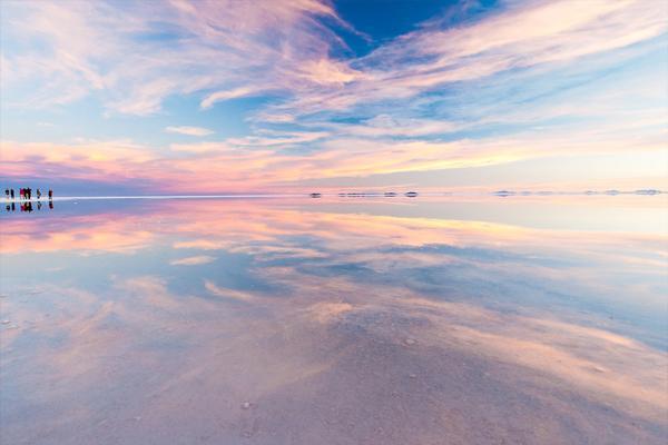 Cánh đồng muối khổng lồ ở Bolivia