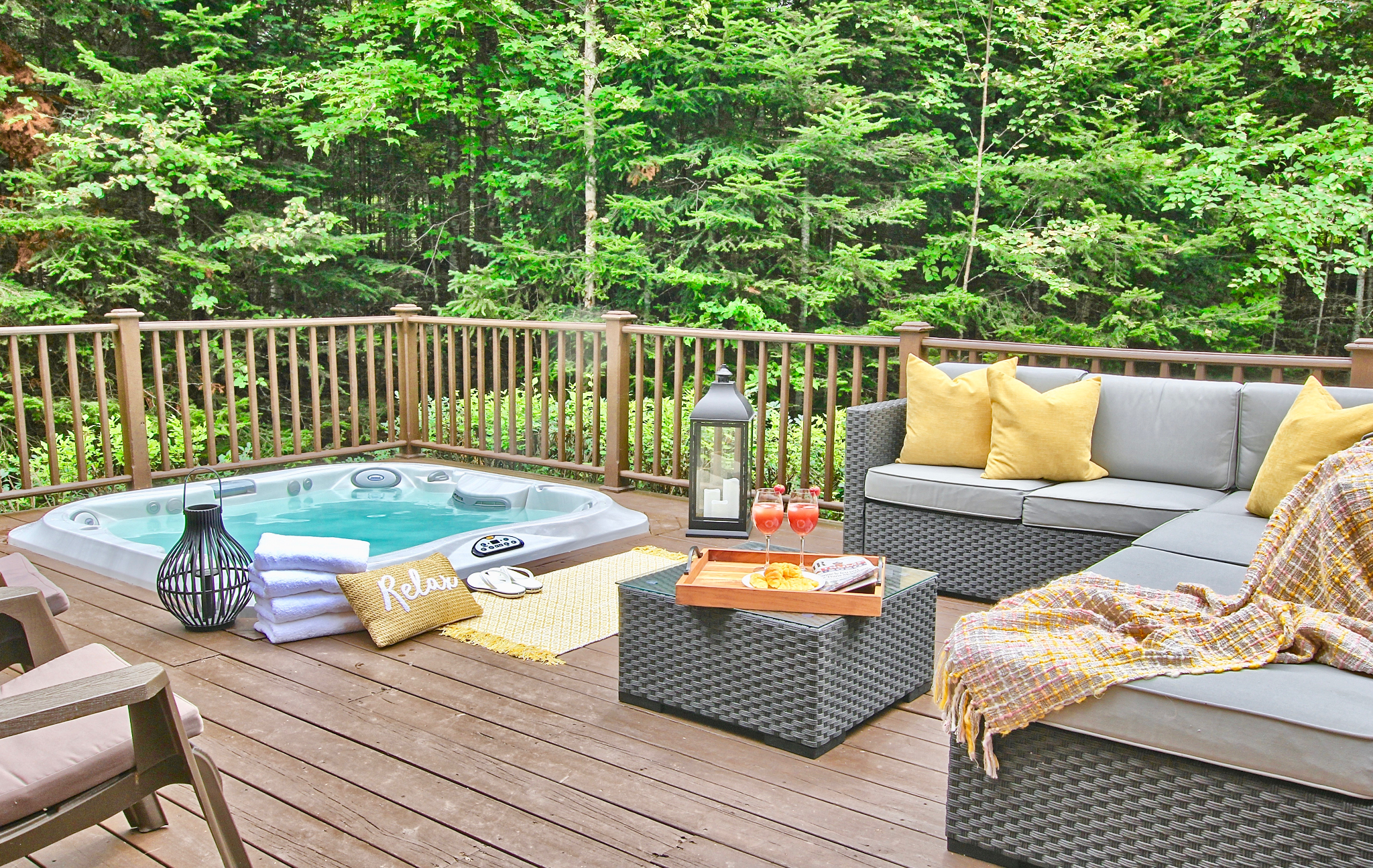 Cottages for Rent with Spa in Tremblant  #1