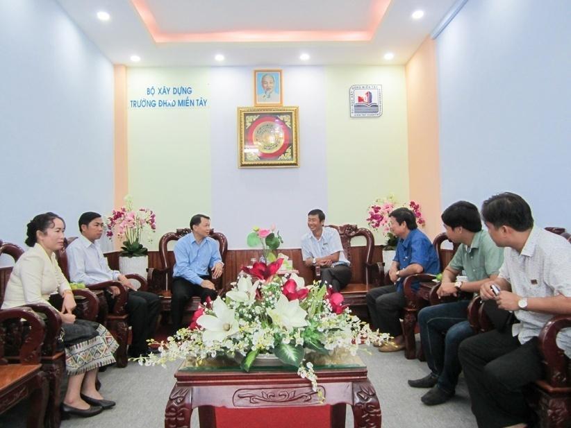 http://mtu.edu.vn/Resources/Images/Cac_Phong_Chuc_Nang/Phong_Khoahoc/Hop%20tac%20Qte/2016-Xiangkhouang/7.jpg