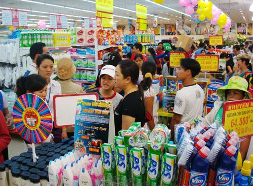 Hệ thống siêu thị của các doanh nghiệp lớn tăng: Lối đi nào cho tạp hóa, cửa hàng truyền thống?