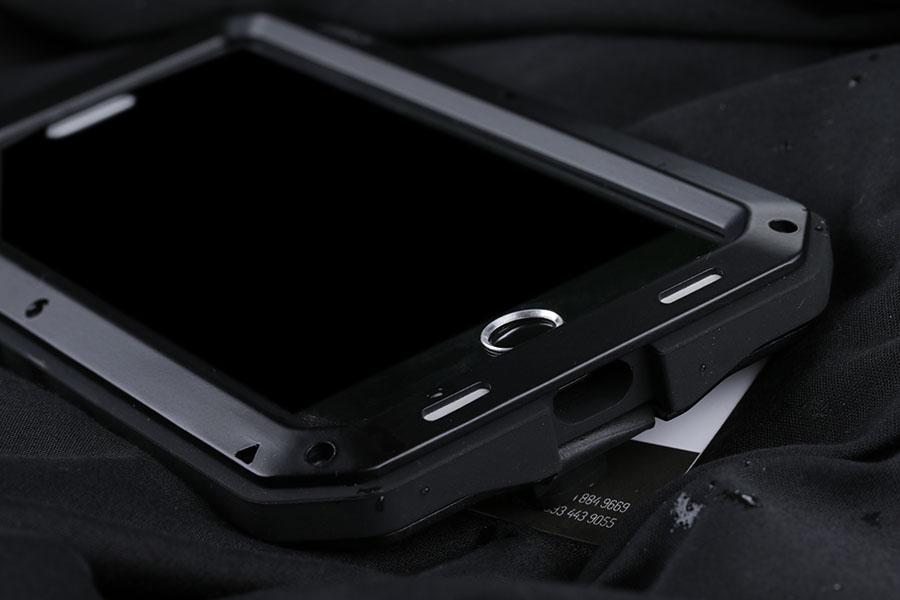 lunatik-iphone-7-plus-m10.jpg