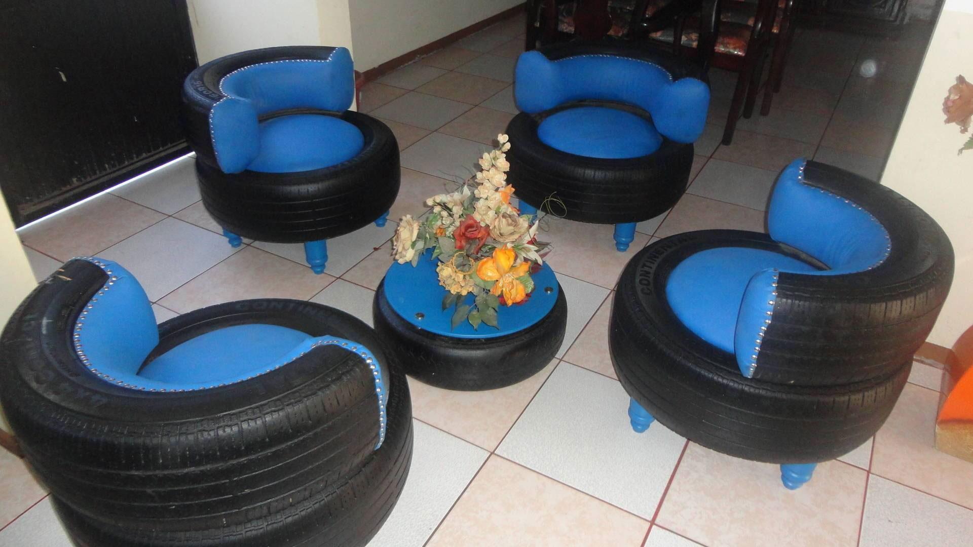 Кресла и столик из покрышек
