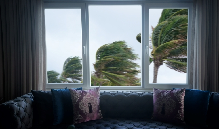 protecting your home from high winds with hurricane windows