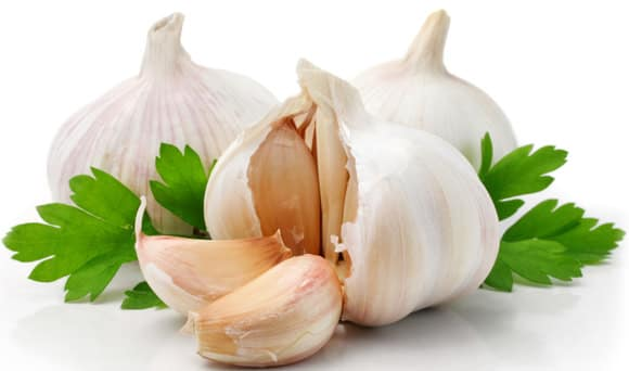 The Secret Weapon in Arab Food: Health Benefits of Garlic