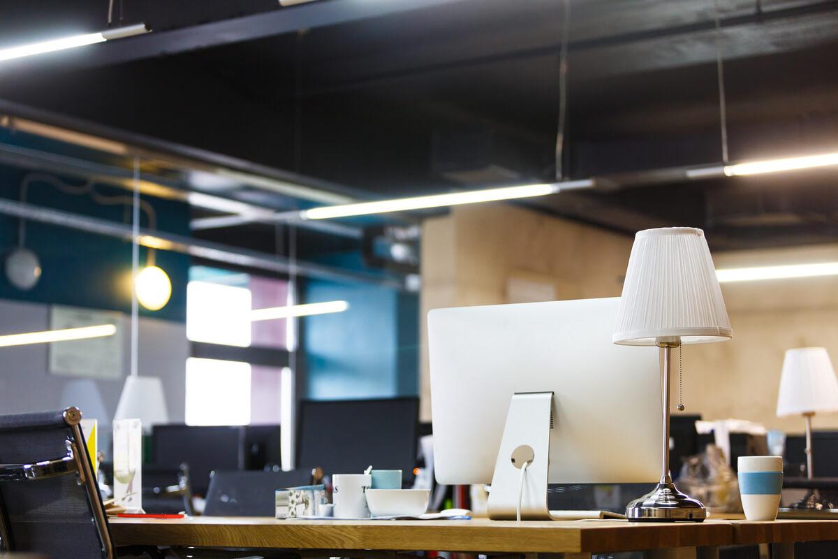 Iluminatul biroului la locul de muncă - ledel.ro