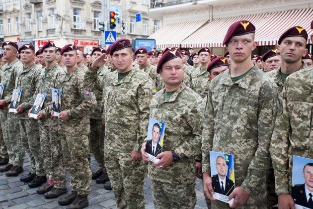 Людей з Радянським Союзом у голові як вурдалаків тіпає від українізації армії, – Віталій Гайдукевич