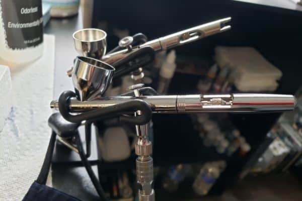Iwata Eclipse and Badger 105 Airbrushes