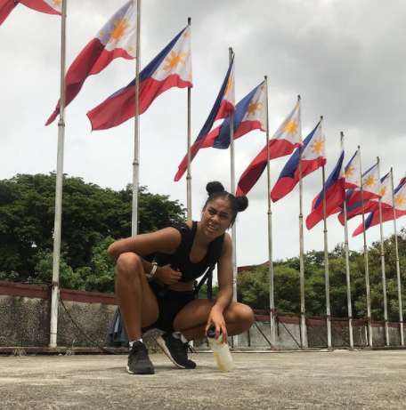 Kristina Knott sprinting to the Tokyo Olympics